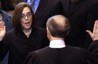 OR: Legislators put in their support for Gov. Kate Brown