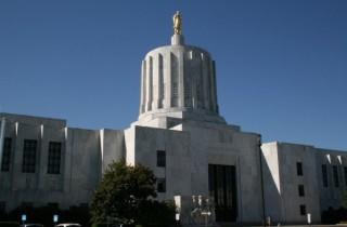 OR: Insurance for family medical leave passes Senate