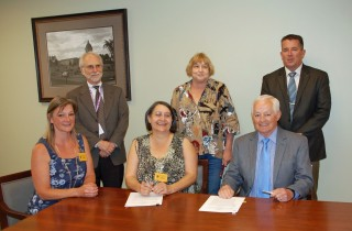 OIC signs health care contract with Washington Indian tribes